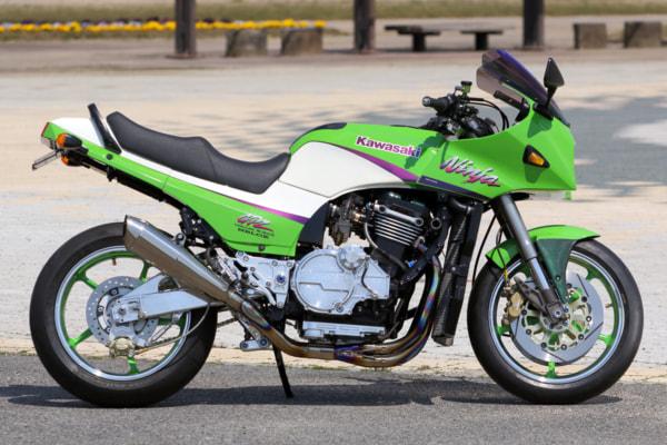 モトガレージイトウ GPZ900R