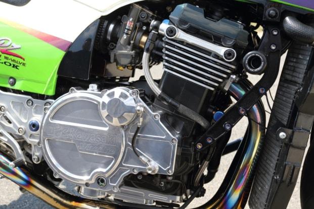 モトガレージイトウ GPZ900R エンジン