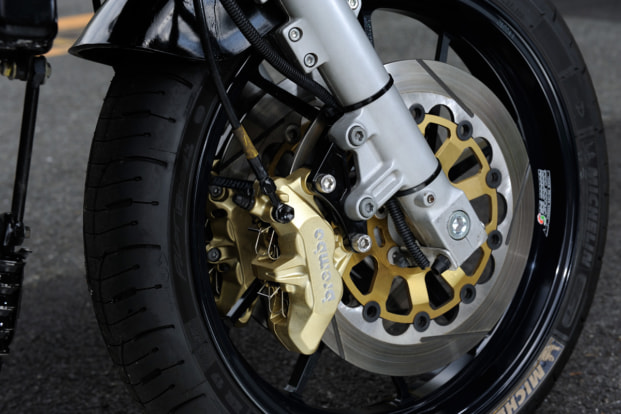 GPZ900R by バイクショップ プロミネント フロントブレーキ