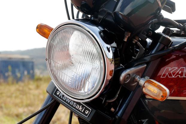 ZEPHYR750 by バグース! モーターサイクル ヘッドライトボディ