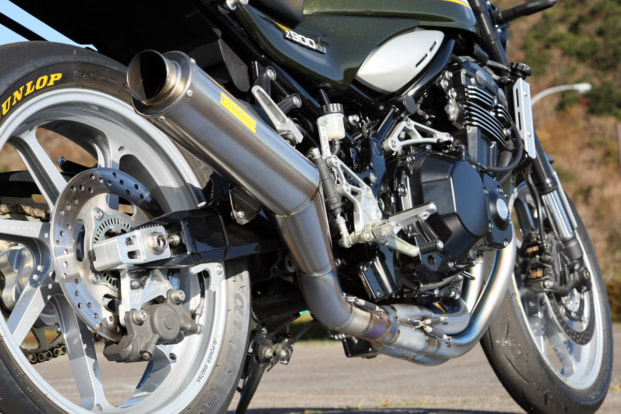 Z900RS by ビトーR&D チタン製フルエキゾースト