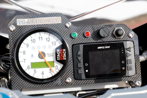 GPZ900R by トレーディングガレージ・ナカガワ タコメーターとラップタイマー