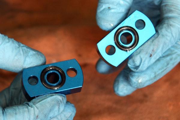 オイルクーラー交換 Oリングを用いてオイル漏れを防止
