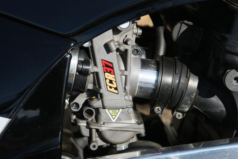 GPZ900R by ブルドッカータゴス ケーヒンFCRφ35mm