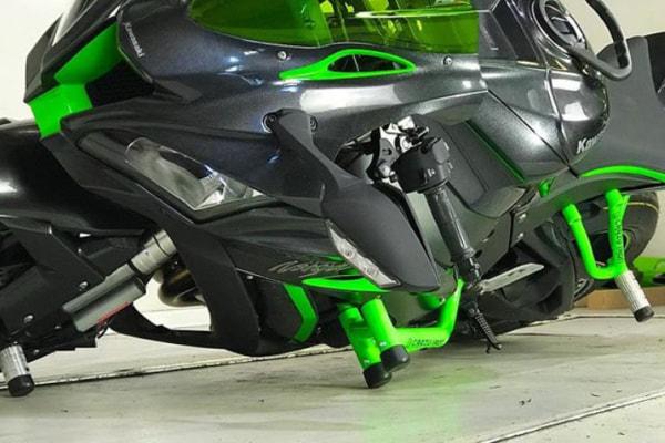 【CrazyIron】エンジンガード RACE RAIL/スライダー Kawasaki Ninja ZX-10R 2011-