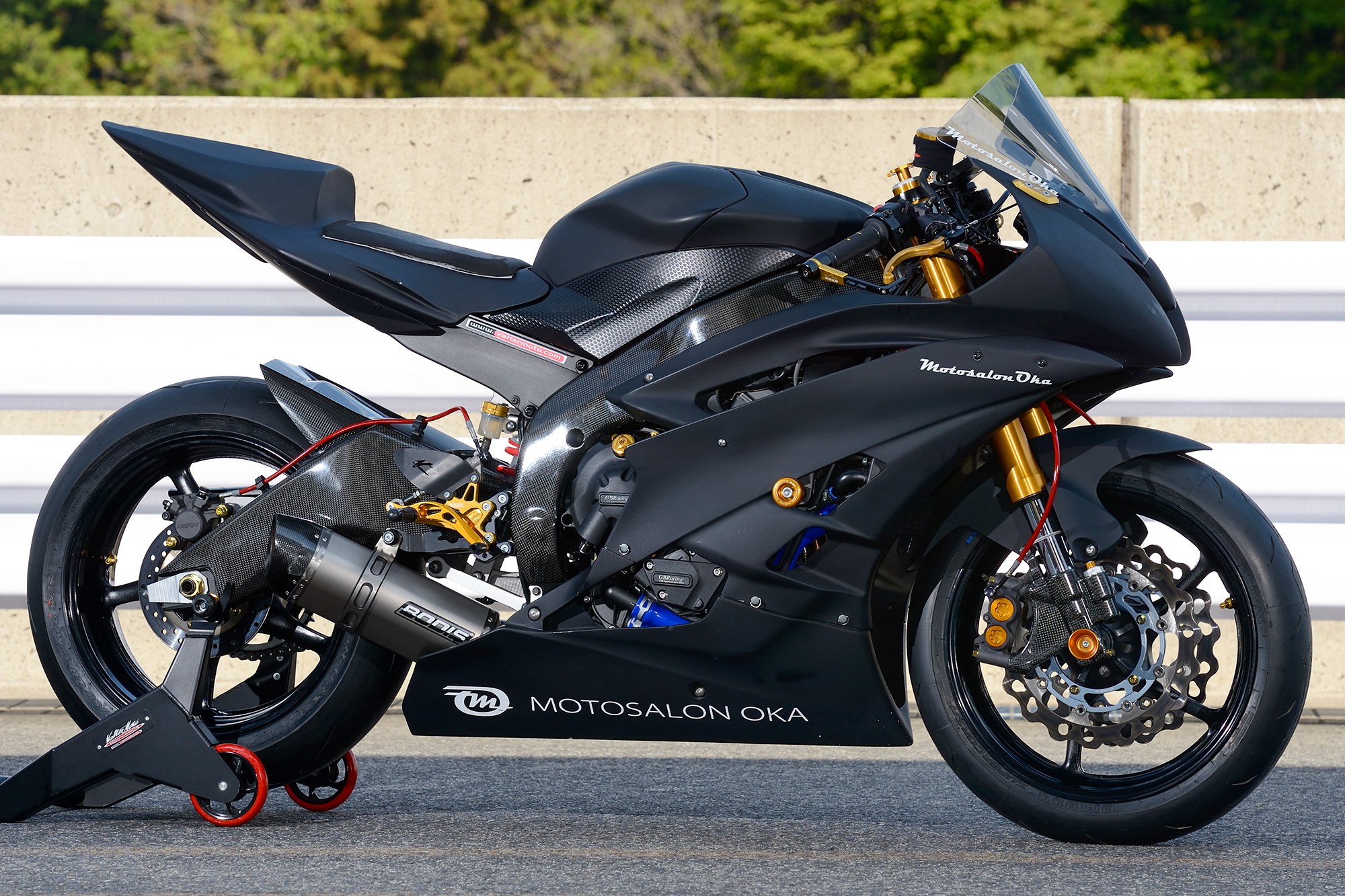 YZF-R6 by モトサロン