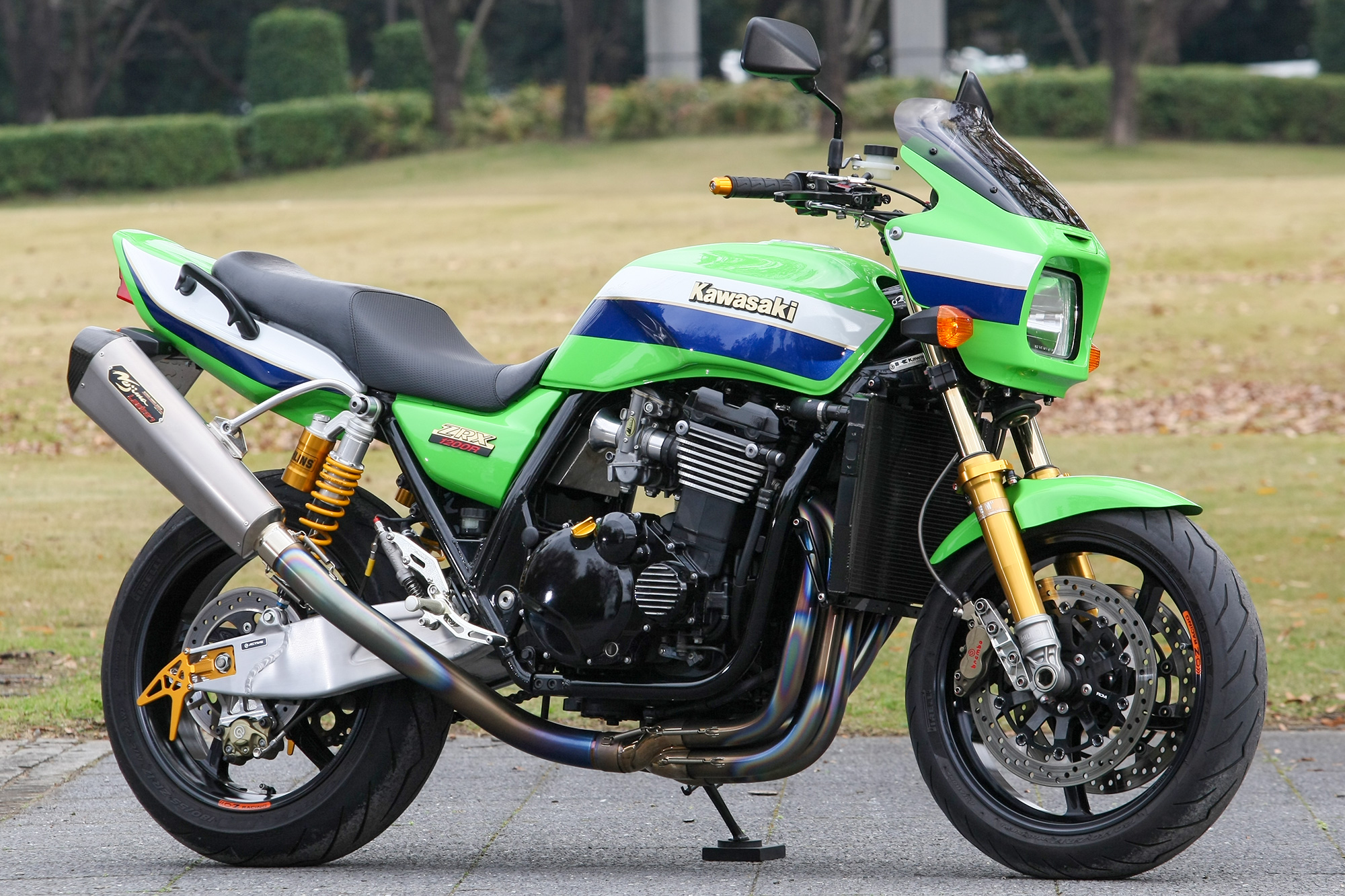 ZRX1200R by パワービルダー