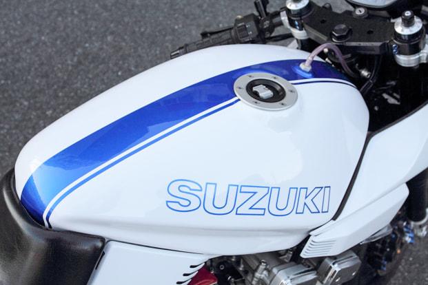 GSX1100S KATANA by しゃぼん玉本店