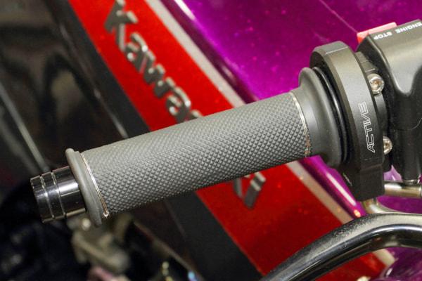 レーシングマシンTZ250に採用されていたグリップ
