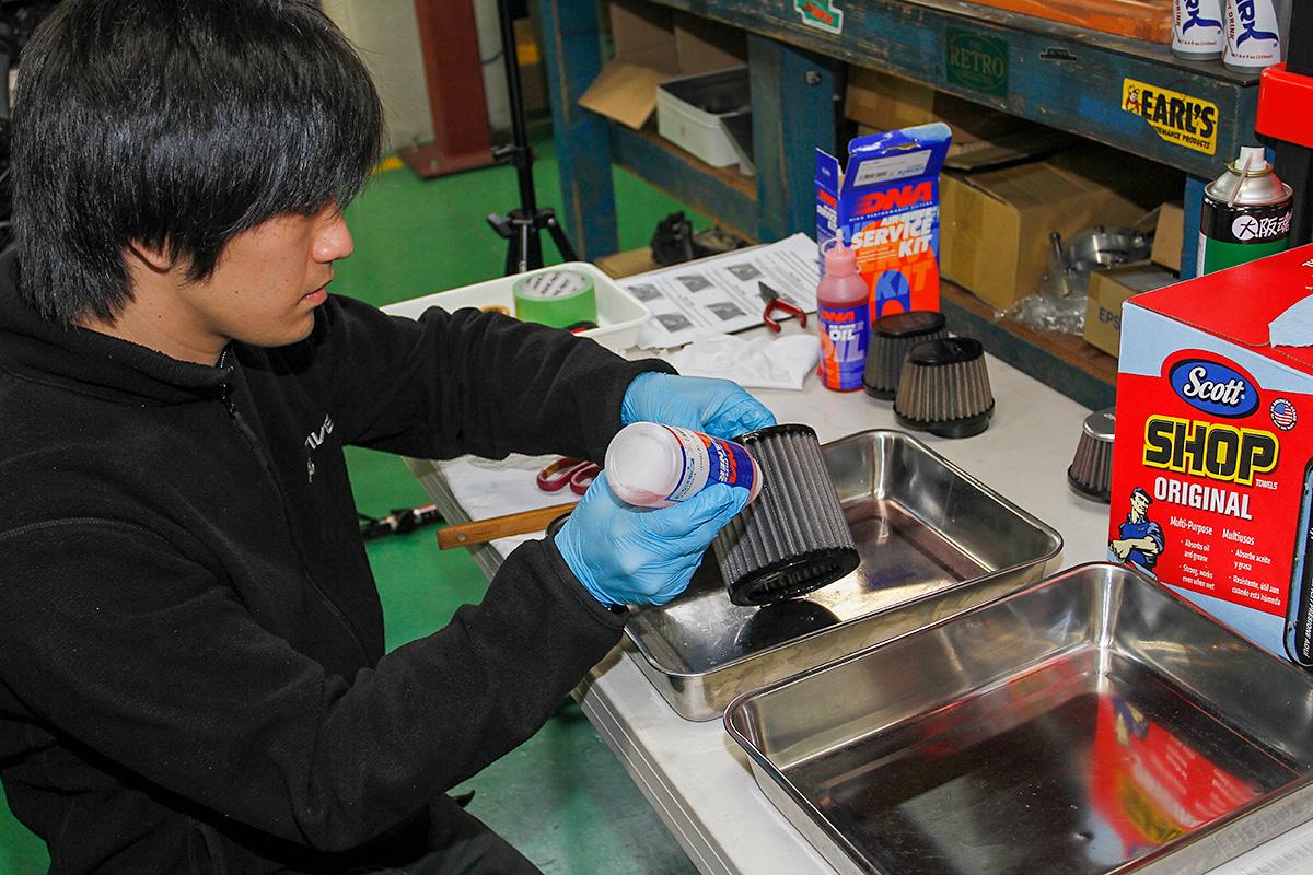 エアフィルター清掃のススメ。吸気効率を最大限得るための定期清掃は必須だ