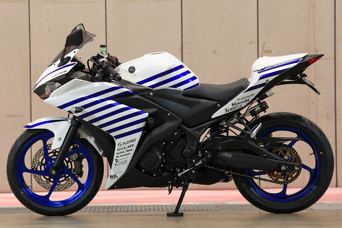 YZF-R25 by アクティブ