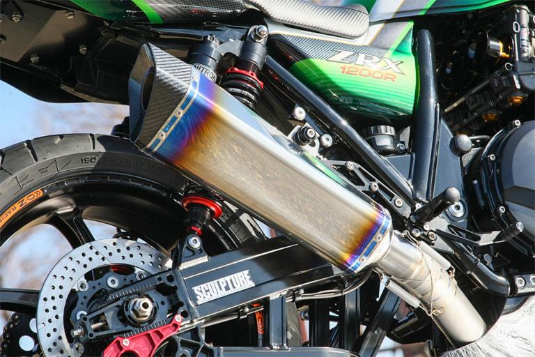 ZRX1200R by サンクチュアリー本店 ナイトロレーシング製マフラー