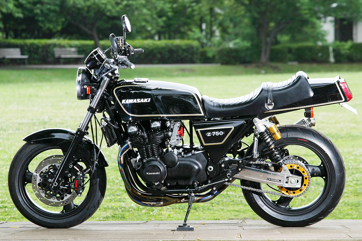 ZEPHYR750 by バグース! モーターサイクル
