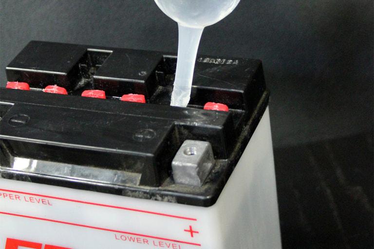 バッテリーチェックのススメ。寿命の長短は定期的な確認でも左右される