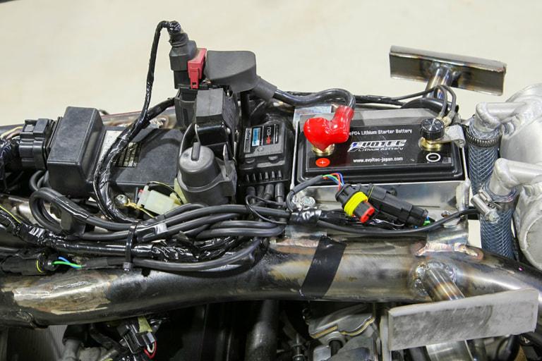 Z1000 by パワービルダー ガソリンタンク