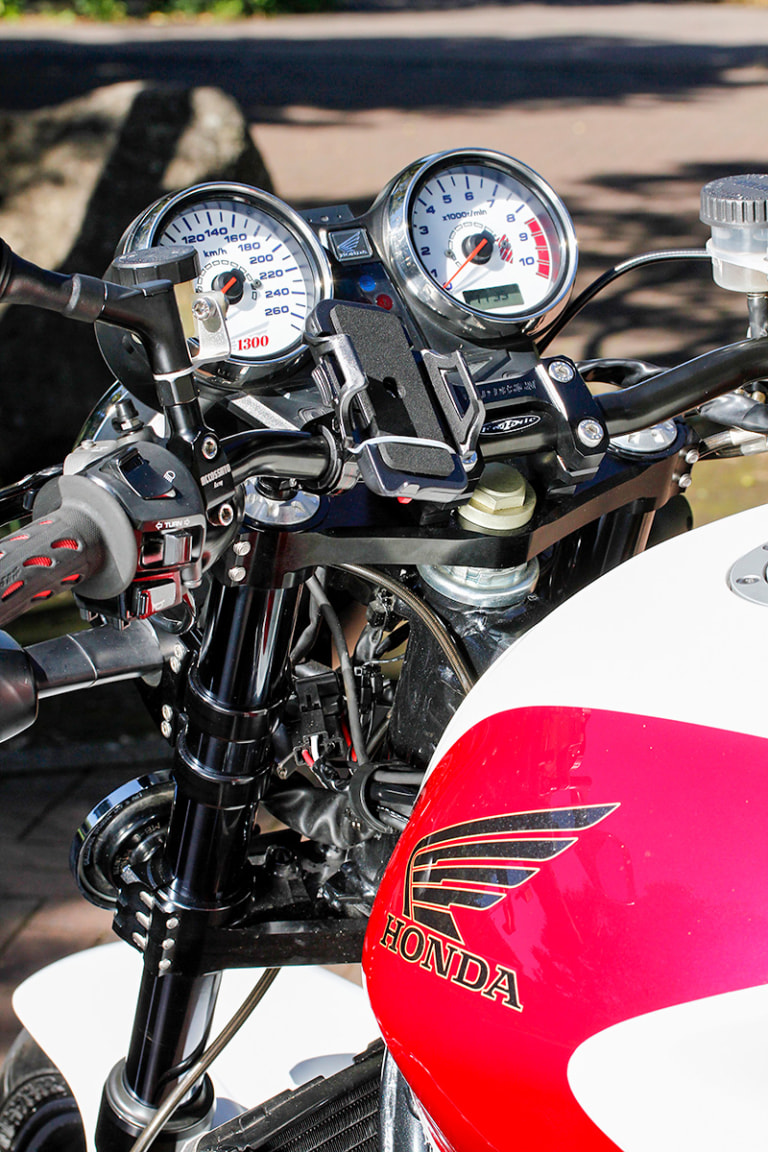 CB1300SF by バグース! モーターサイクル