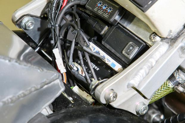 GPZ1100 by パワービルダー データロガー
