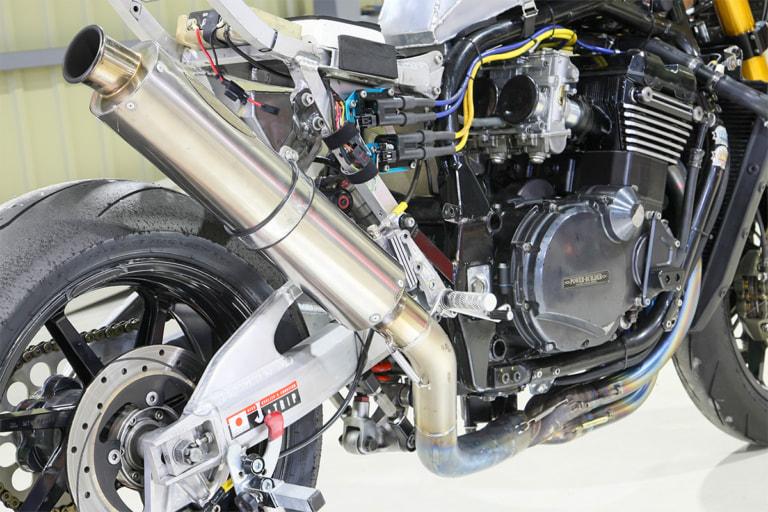 GPZ1100 by パワービルダー エキゾーストシステム