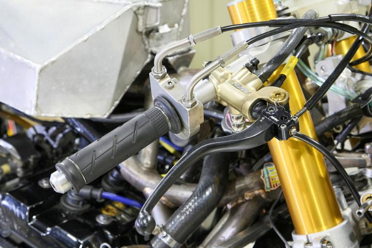 GPZ900R by パワービルダー ハンドル