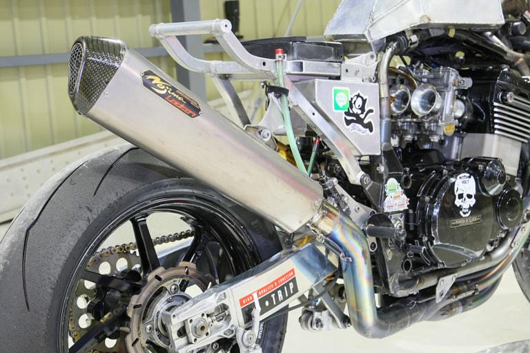 GPZ900R by パワービルダー ノジマエンジニアリングマフラー
